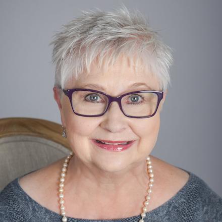 Portrait photo of Joyce Little